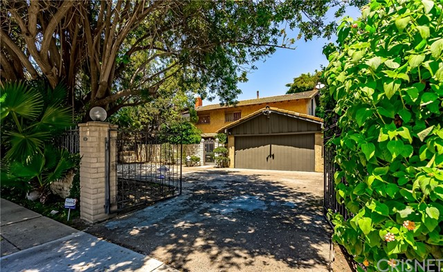 11647 La Maida Street, Valley Village, CA 91601