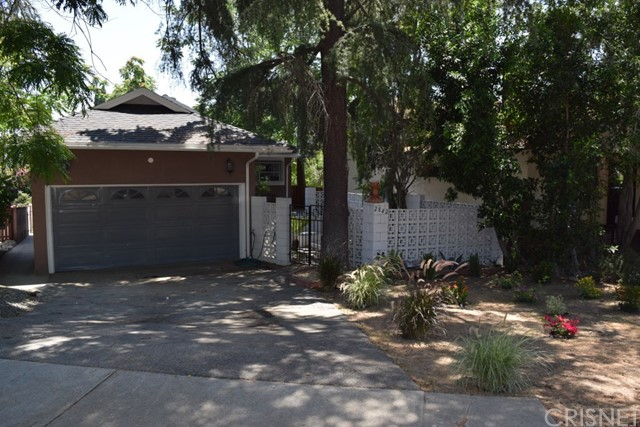 2842 Mayfield Avenue, La Crescenta, CA 91214
