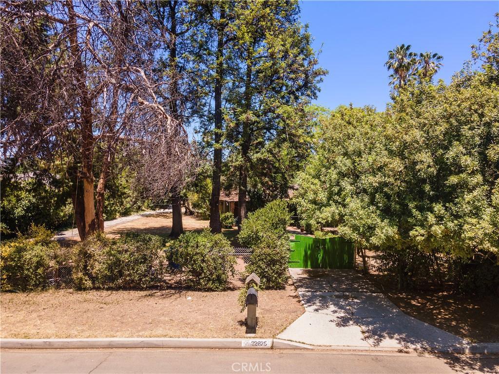 22625     Erwin Street, Woodland Hills CA 91367
