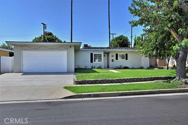 20430 Marilla Street, Chatsworth, CA 91311