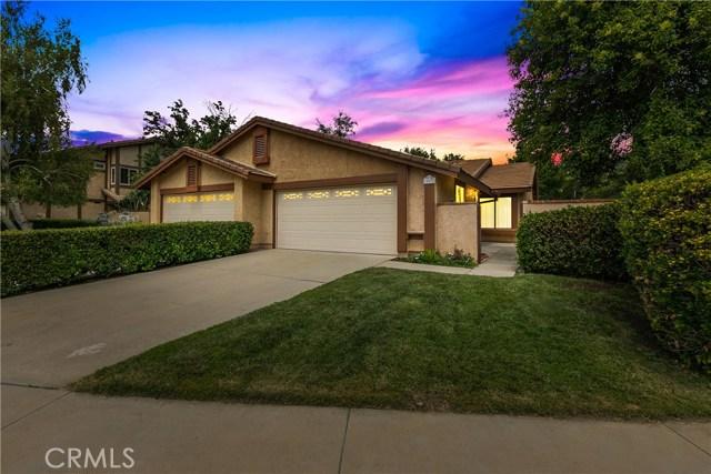 25672 Leticia Drive, Valencia, CA 91355