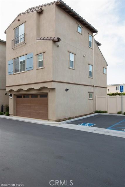 22111 Main Street 14, Carson, CA 90745