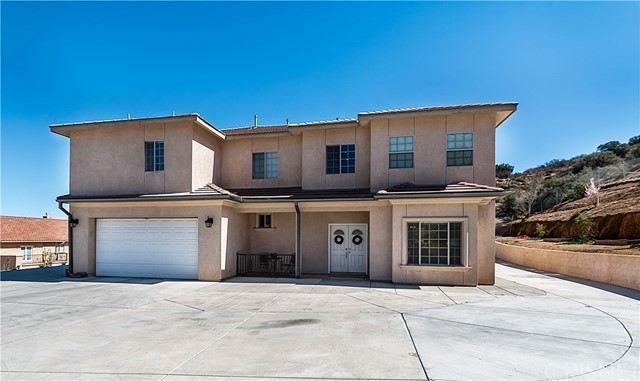 1018 Lakeview Drive, Palmdale, CA 93551