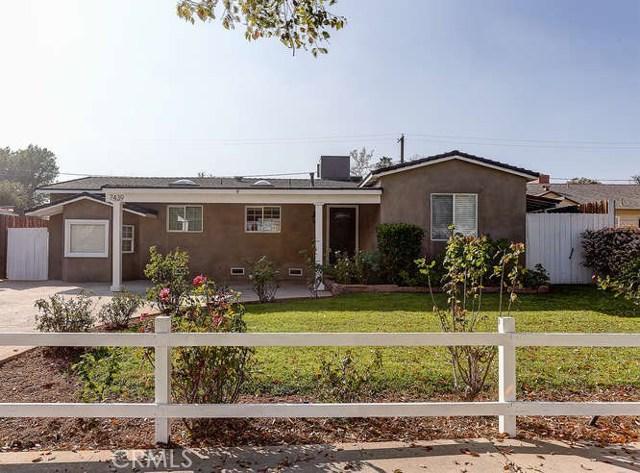 7439 Leescott Avenue, Lake Balboa, CA 91406
