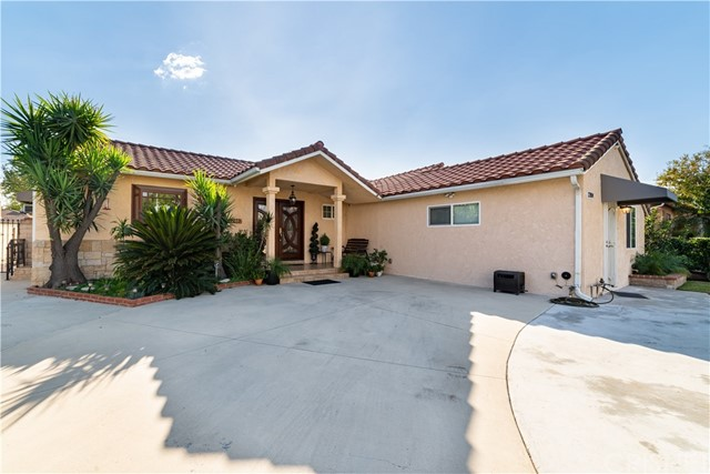 12802 Albers Street, Valley Village, CA 91607