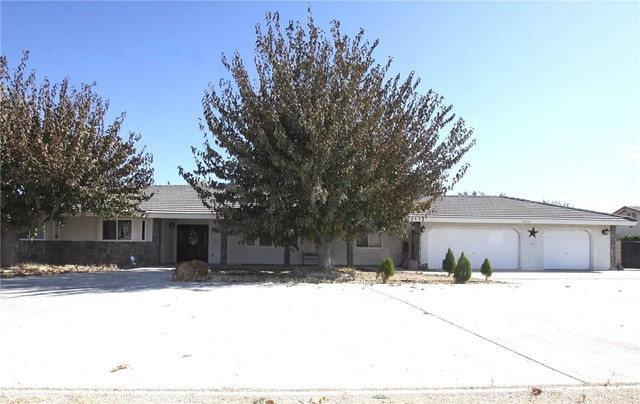 43826 Shiloh Lane, Lancaster, CA 93535