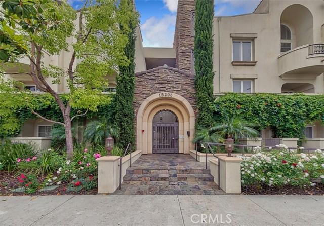 15206 Burbank Boulevard 208, Sherman Oaks, CA 91411