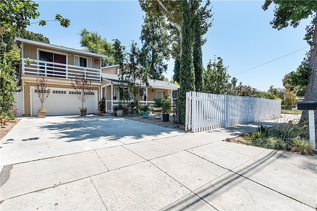 7636 Etiwanda Avenue, Reseda, CA 91335