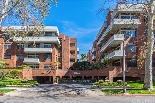 200 N Swall Drive 404, Beverly Hills, CA 90211