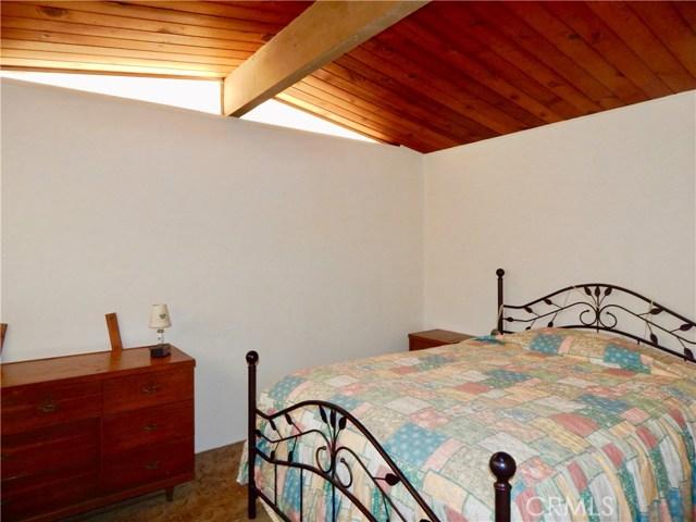 10027 Saloma Av, Mission Hills (San Fernando), CA 91345 Photo 14