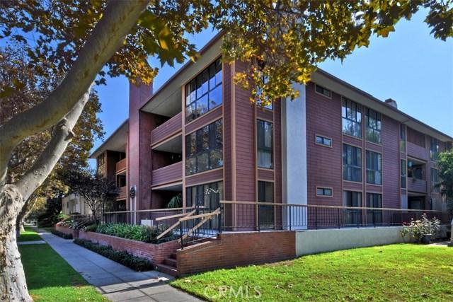 3200 W Riverside Drive M, Burbank, CA 91505