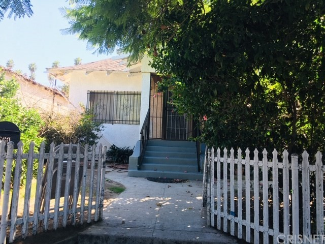 660 E 42nd Place, Los Angeles, CA 90011