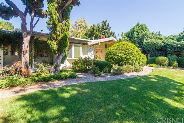 Photo of 17327 Marilla Street, Northridge, CA 91325