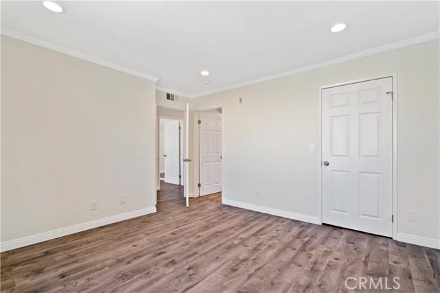 17. 14937 Dickens Street #203 Sherman Oaks, CA 91403