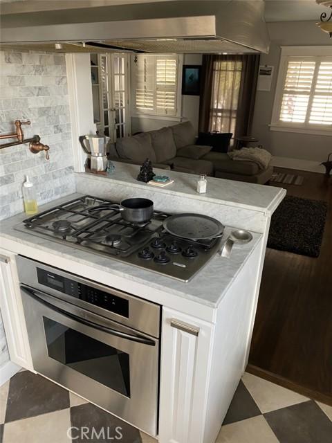 1728 Kitchen