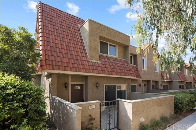 17920 River Circle, Canyon Country, California 91387, 1 Bedroom Bedrooms, ,1 BathroomBathrooms,Residential,For Rent,River Circle,SR20251092