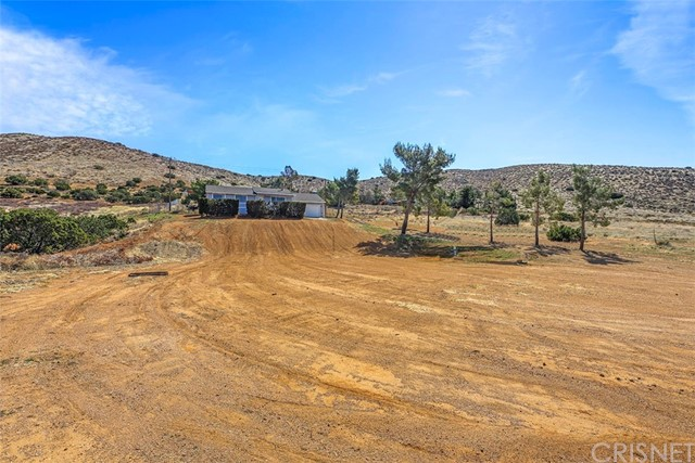 34640 Eager Rd, Acton, CA 93510 Photo 3
