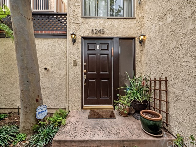 5245 Coldwater Canyon Avenue B, Sherman Oaks, CA 91401