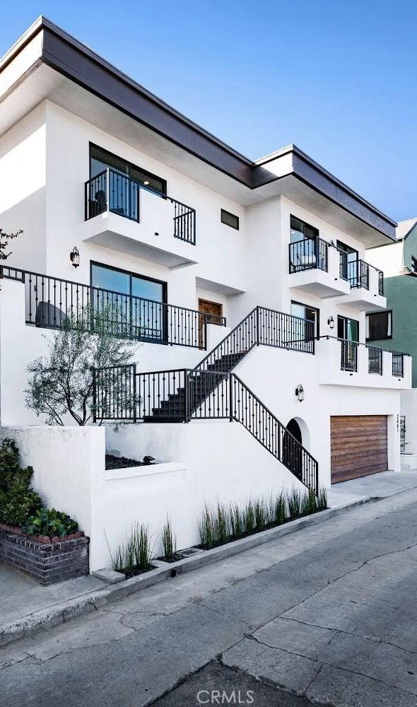 2441 Claremont Avenue, Los Angeles, CA 90027