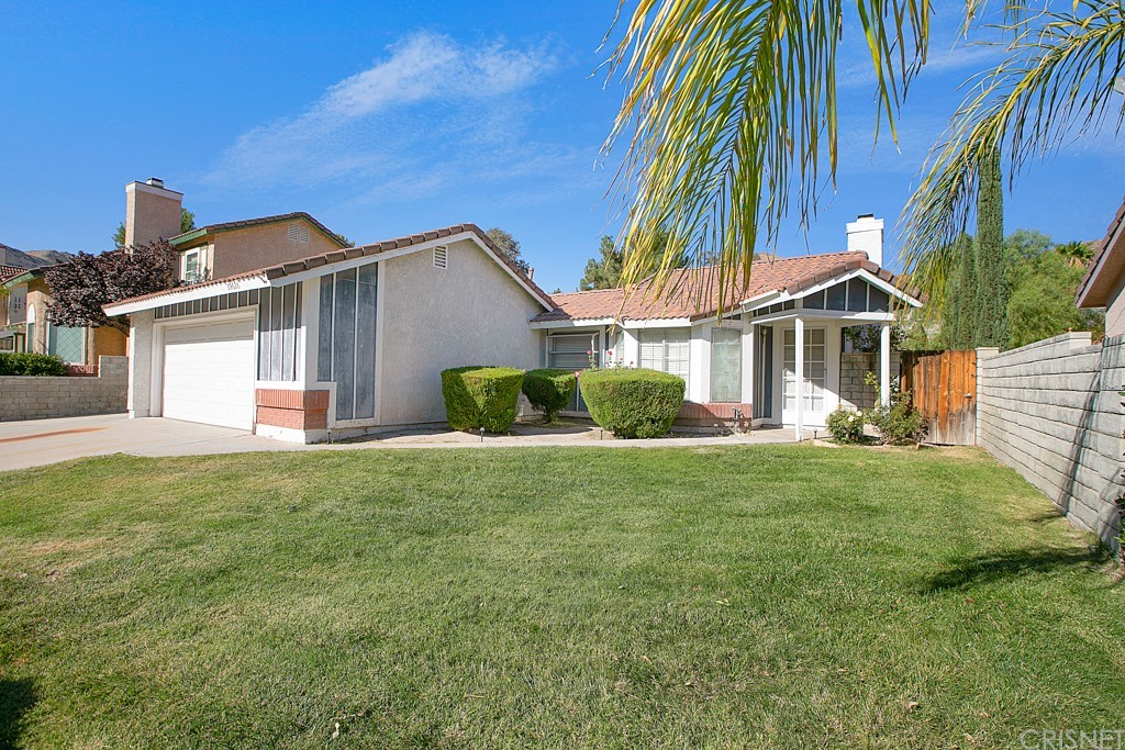 29626     Poppy Meadow Street, Canyon Country CA 91387