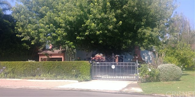 6455 Langdon Avenue, Van Nuys, CA 91406