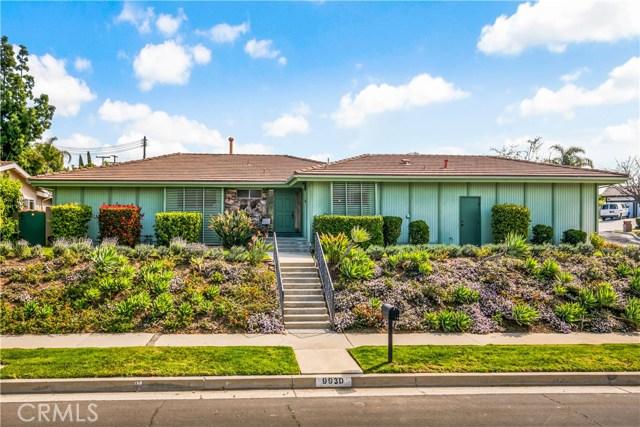 Photo of 9930 Genesta Avenue, Northridge, CA 91325