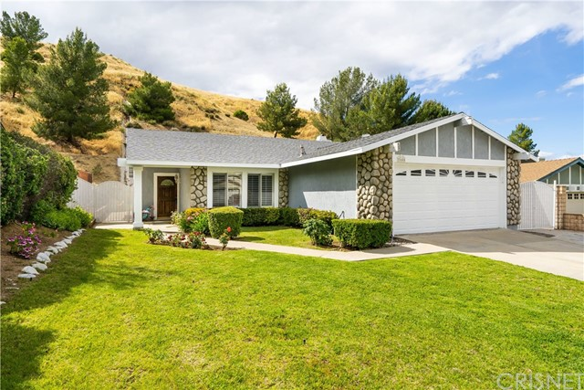 31685 Bobcat Way, Castaic, CA 91384