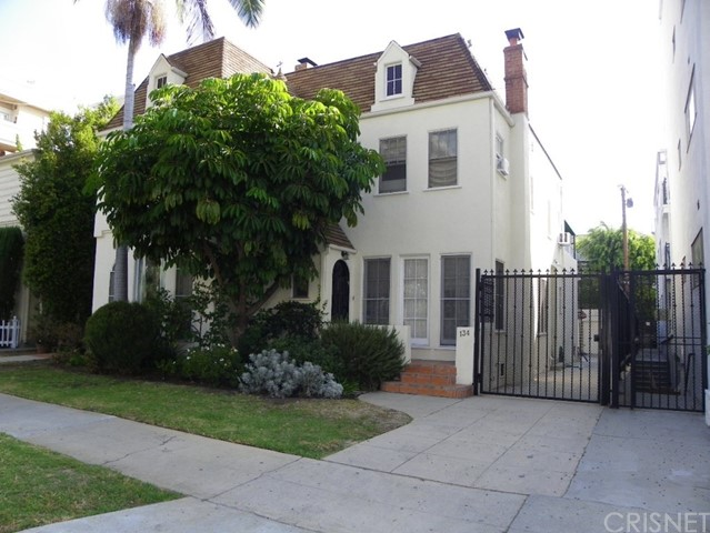 134 S Palm Drive, Beverly Hills, CA 90212