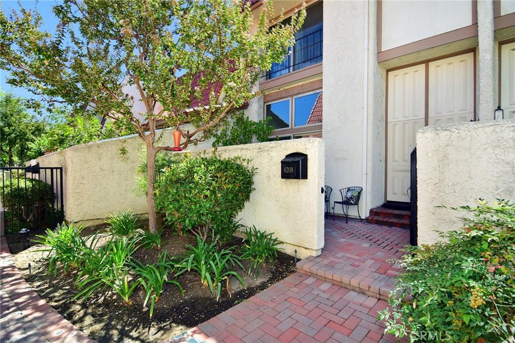 6208     Shoup Avenue, Woodland Hills CA 91367