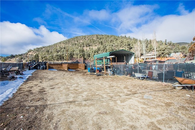 600 Lakewood Dr, Frazier Park, CA 93225 Photo 3