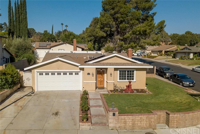 27599 Elder View Drive, Valencia, CA 91354