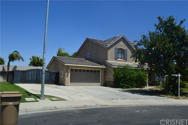 12102 Rodeo Ave, Bakersfield, CA 93312