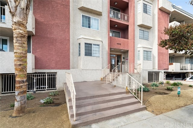 4705 Kester Avenue 209, Sherman Oaks, CA 91403