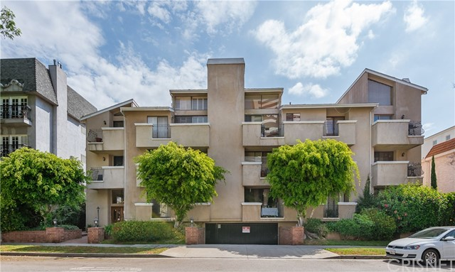 1630 S Bentley Avenue 101, Westwood - Century City, CA 90025