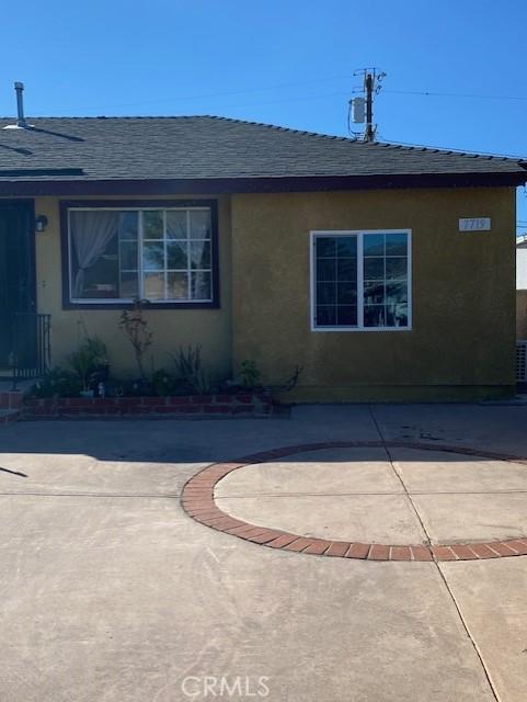 7717 Craner Avenue, Sun Valley, California 91352, ,1 BathroomBathrooms,Residential,For Rent,Craner,SR21024638