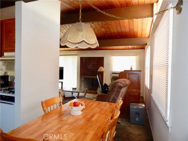 10027 Saloma Av, Mission Hills (San Fernando), CA 91345 Photo 2