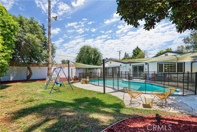 35. 5537 Bevis Avenue Sherman Oaks, CA 91411