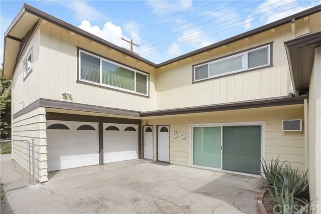 22015 Avenue San Luis, Woodland Hills, CA 91364