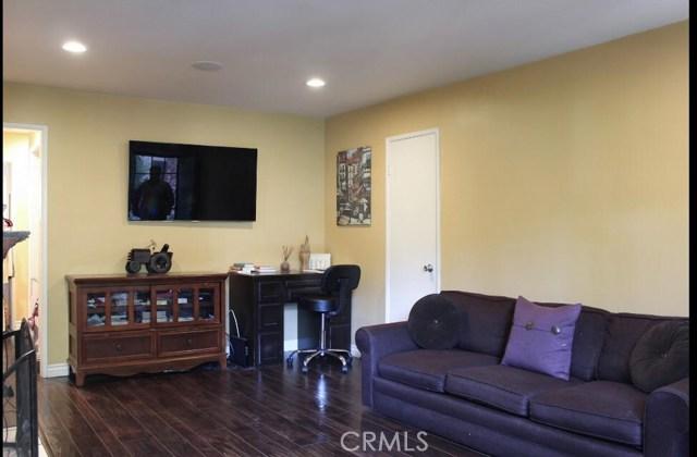 8641 Glenoaks Boulevard 103, Sun Valley, CA 91352