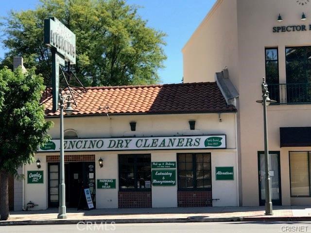 Photo of 16946 Ventura Boulevard, Encino, CA 91316