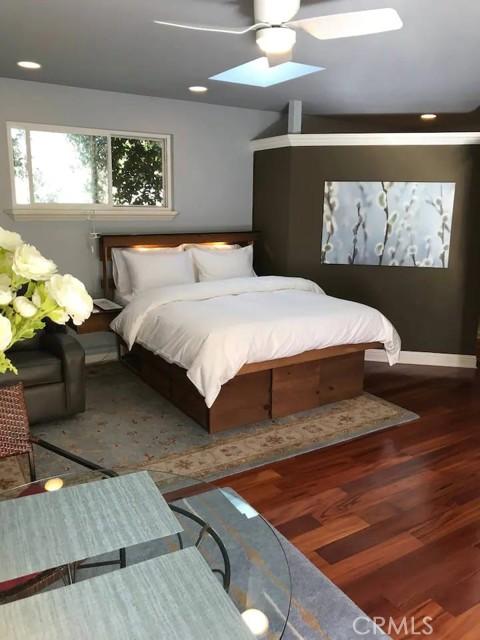 4124 Benedict Canyon Drive, Sherman Oaks CA: https://media.crmls.org/mediascn/a85d54a0-b36f-4a4d-8b46-8eaf65a84a38.jpg
