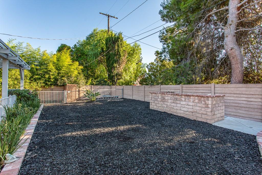 8981 White Oak Av, Sherwood Forest, CA 91325 Photo 33