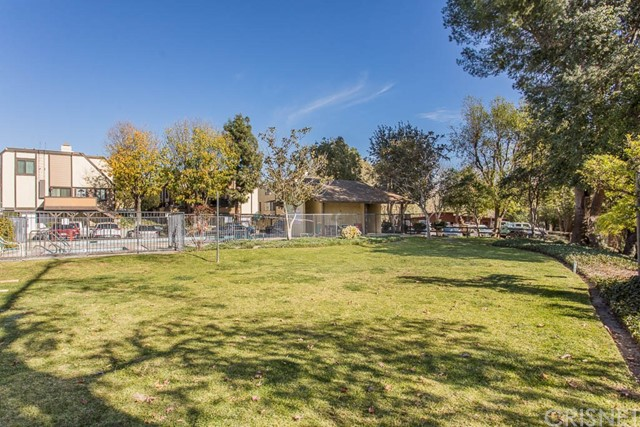 11300 Foothill Bl, Lakeview Terrace, CA 91342 Photo 23