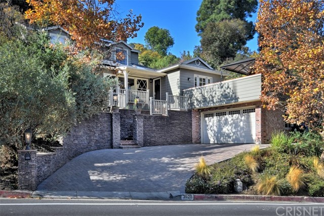 3929 Beverly Glen Boulevard, Sherman Oaks, CA 91423