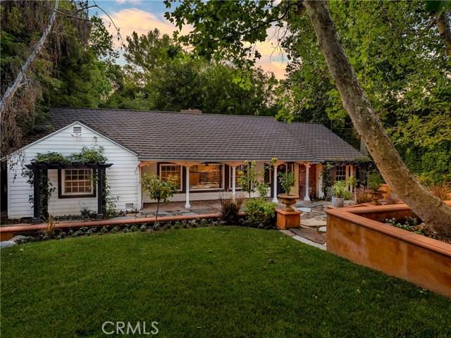 15531 Del Gado Drive, Sherman Oaks, CA 91403