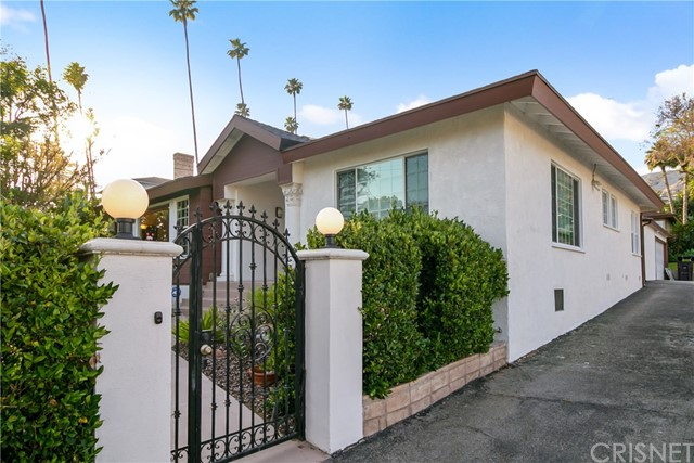 291 W Kenneth Road, Glendale, CA 91202