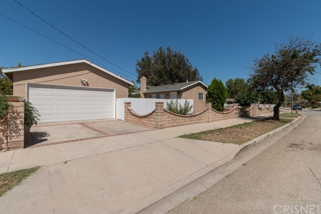 22700 Cantlay Street, West Hills, CA 91307