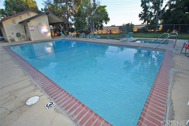 11300 Foothill Bl, Lakeview Terrace, CA 91342 Photo 35