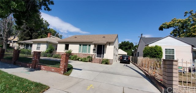 1819 Glenoaks, San Fernando, CA 91340