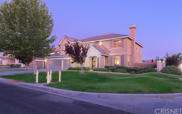 3166 W Avenue M2, Lancaster, CA 93536